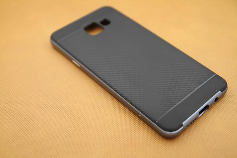 Ốp lưng Galaxy A7 2016 viền màu chống sốc hiệu Likgus